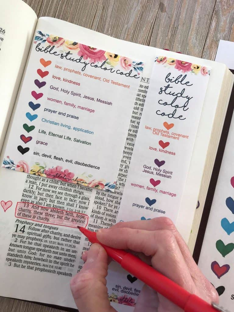 Connect your Creativity and Faith with this Bible Study Color Code Printable from Hey Creative Sister